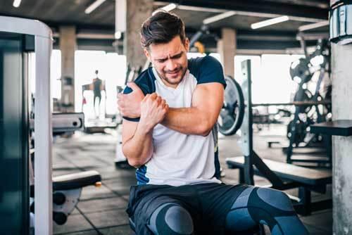 Déchirure musculaire : causes, symptômes, prévention et